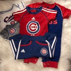 2 NEWBORN/3 3-6 MO CHICAGO CUBS BABY APPAREL ITEMS
